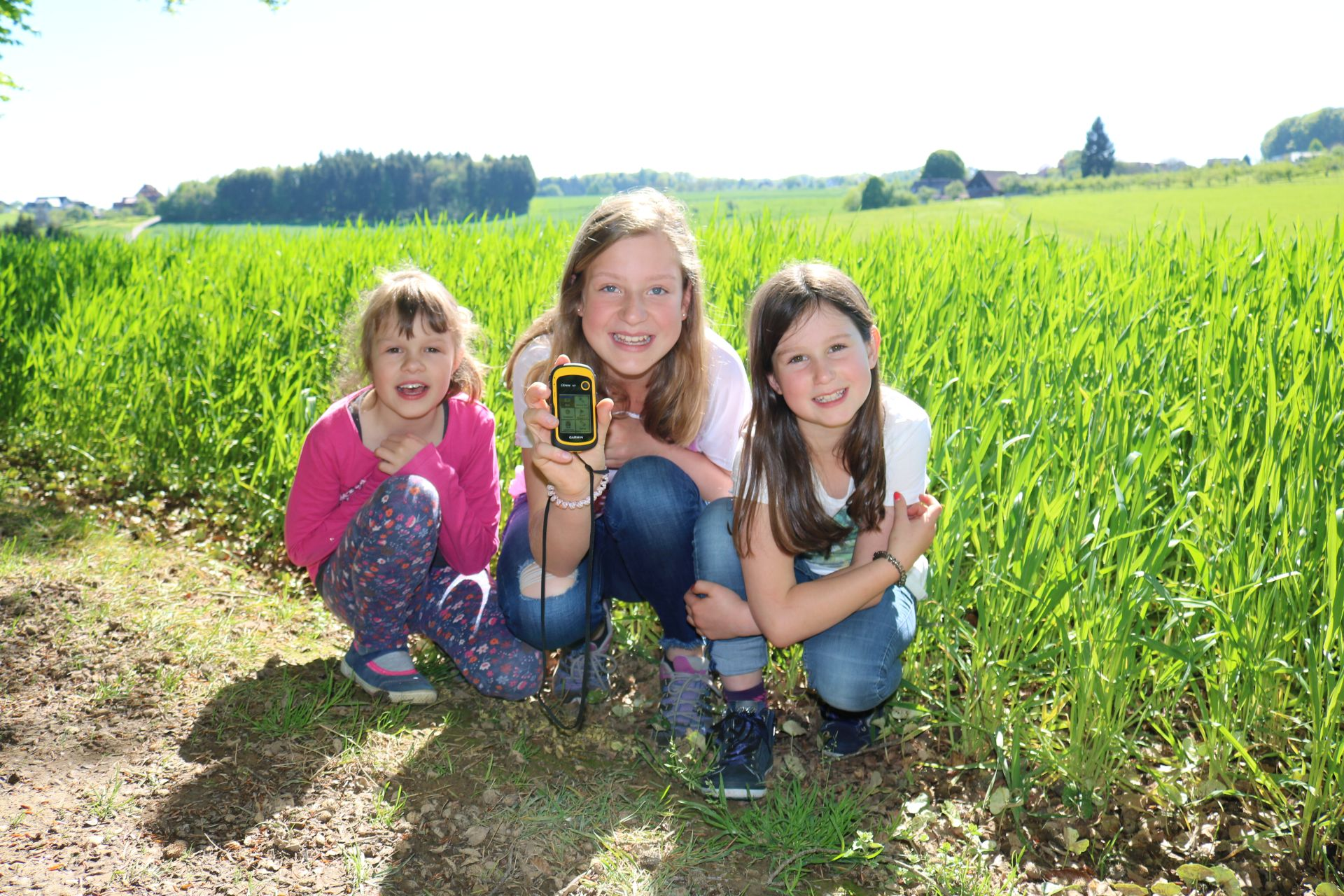 Kinder beim Geocaching